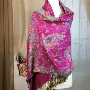 Accessories - Magenta Paisley Wrap